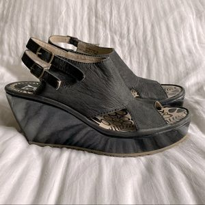 Fly London Paza Leather Wedge Sandal